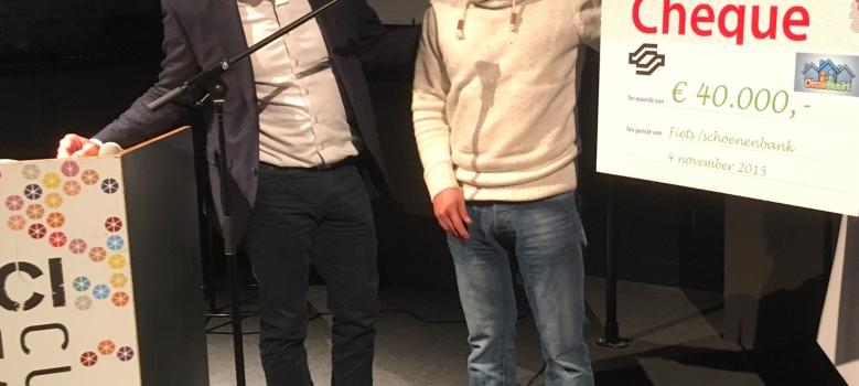 Fietsbank wint Onze Buurt '15